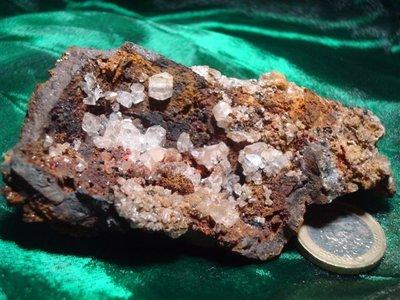 Cerussiet kristallen op matrix Mexico
