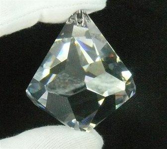 Regenboogkristal karbonkel 32 x 40 mm